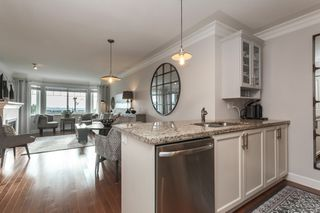 "Photo 18: PH9 15357 ROPER Avenue: White Rock Condo for sale in ""REGENCY COURT"" (South Surrey White Rock)  : MLS®# R2425808"