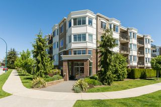 "Photo 30: PH9 15357 ROPER Avenue: White Rock Condo for sale in ""REGENCY COURT"" (South Surrey White Rock)  : MLS®# R2425808"