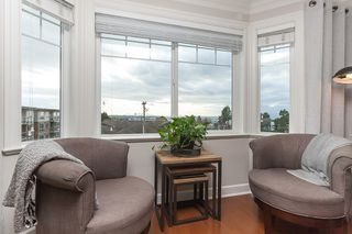 "Photo 4: PH9 15357 ROPER Avenue: White Rock Condo for sale in ""REGENCY COURT"" (South Surrey White Rock)  : MLS®# R2425808"