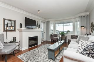 "Photo 2: PH9 15357 ROPER Avenue: White Rock Condo for sale in ""REGENCY COURT"" (South Surrey White Rock)  : MLS®# R2425808"