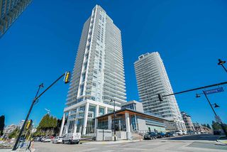 "Photo 3: 3502 657 WHITING Way in Coquitlam: Coquitlam West Condo for sale in ""LOUGHEED HEIGHTS"" : MLS®# R2461586"