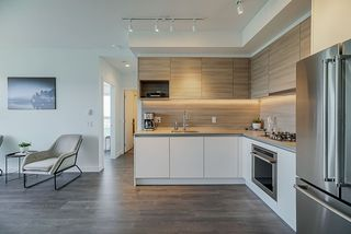 """Photo 6: 3502 657 WHITING Way in Coquitlam: Coquitlam West Condo for sale in """"LOUGHEED HEIGHTS"""" : MLS®# R2461586"""