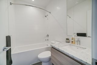 """Photo 16: 3502 657 WHITING Way in Coquitlam: Coquitlam West Condo for sale in """"LOUGHEED HEIGHTS"""" : MLS®# R2461586"""
