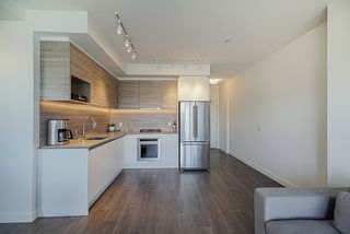 """Photo 8: 3502 657 WHITING Way in Coquitlam: Coquitlam West Condo for sale in """"LOUGHEED HEIGHTS"""" : MLS®# R2461586"""