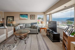"""Photo 6: 535 MARINE Drive in Gibsons: Gibsons & Area House for sale in """"LOWER GIBSONS"""" (Sunshine Coast)  : MLS®# R2464583"""