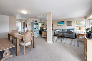 """Photo 5: 535 MARINE Drive in Gibsons: Gibsons & Area House for sale in """"LOWER GIBSONS"""" (Sunshine Coast)  : MLS®# R2464583"""
