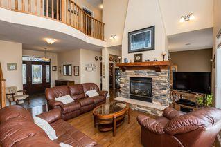 Photo 3: 1518 88A Street in Edmonton: Zone 53 House for sale : MLS®# E4216110