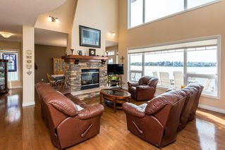 Photo 2: 1518 88A Street in Edmonton: Zone 53 House for sale : MLS®# E4216110