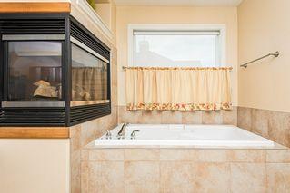 Photo 15: 1518 88A Street in Edmonton: Zone 53 House for sale : MLS®# E4216110