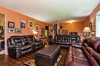 """Photo 4: 2068 180 Street in Surrey: Hazelmere House for sale in """"REDWOOD HEIGHTS"""" (South Surrey White Rock)  : MLS®# R2508182"""