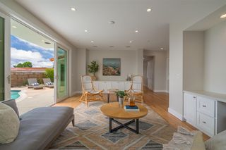 Photo 11: LA JOLLA House for sale : 4 bedrooms : 8676 Dunaway Dr.