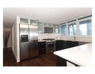 Photo 6: # 1502 1205 W HASTINGS ST in Vancouver: Condo for sale : MLS®# V850025