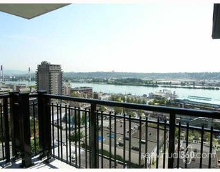 "Photo 7: 1205 813 AGNES Street in New_Westminster: Downtown NW Condo for sale in ""NEWS"" (New Westminster)  : MLS®# V652250"