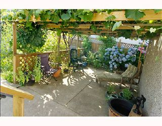 "Photo 10: 3474 ARCHIMEDES Street in Vancouver: Collingwood Vancouver East House for sale in ""COLLINGWOOD"" (Vancouver East)  : MLS®# V659141"