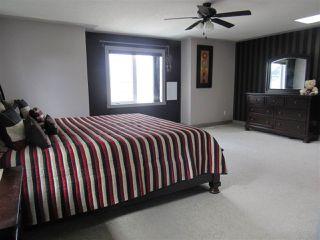 Photo 12: 2435 HAGEN Way in Edmonton: Zone 14 House for sale : MLS®# E4165714