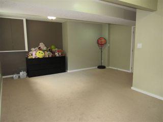 Photo 28: 2435 HAGEN Way in Edmonton: Zone 14 House for sale : MLS®# E4165714