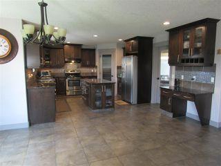 Photo 5: 2435 HAGEN Way in Edmonton: Zone 14 House for sale : MLS®# E4165714