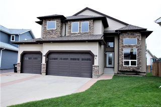 Main Photo: 4 Holsworth Place in Sylvan Lake: SL Hewlett Park Residential for sale : MLS®# CA0175141
