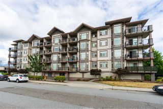 Photo 1: 407 46021 SECOND Avenue in Chilliwack: Chilliwack E Young-Yale Condo for sale : MLS®# R2396456