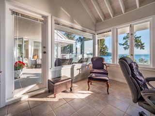 Photo 14: 6361 SUNSHINE COAST Highway in Sechelt: Sechelt District House for sale (Sunshine Coast)  : MLS®# R2411621