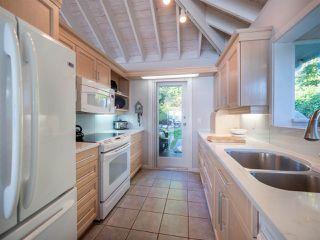 Photo 8: 6361 SUNSHINE COAST Highway in Sechelt: Sechelt District House for sale (Sunshine Coast)  : MLS®# R2411621