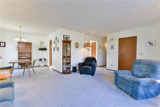 Photo 3: 1449 Chancellor Drive in Winnipeg: Waverley Heights Residential for sale (1L)  : MLS®# 1929768