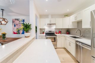 """Photo 13: 105 1750 MAPLE Street in Vancouver: Kitsilano Condo for sale in """"MAPLEWOOD PLACE"""" (Vancouver West)  : MLS®# R2416192"""