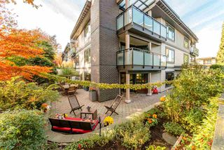 """Photo 2: 105 1750 MAPLE Street in Vancouver: Kitsilano Condo for sale in """"MAPLEWOOD PLACE"""" (Vancouver West)  : MLS®# R2416192"""