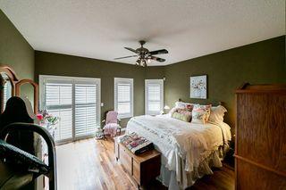 Photo 13: 614 HUNTERS Close in Edmonton: Zone 14 House for sale : MLS®# E4178376