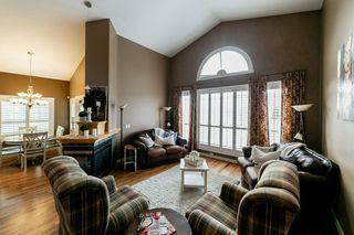 Photo 12: 614 HUNTERS Close in Edmonton: Zone 14 House for sale : MLS®# E4178376