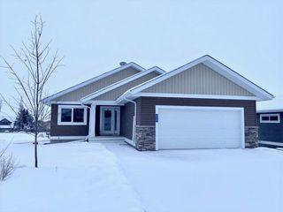 Photo 1: 515 55101 Ste Anne Trail: Rural Lac Ste. Anne County House for sale : MLS®# E4183699