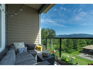 """Photo 17: 205 2242 WHATCOM Road in Abbotsford: Abbotsford East Condo for sale in """"WATERLEAF"""" : MLS®# R2455089"""