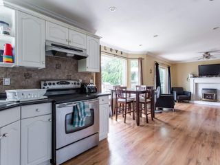 Photo 12: 8316 CASSELMAN Crescent in Mission: Mission BC House for sale : MLS®# R2473353