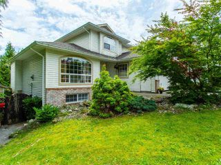 Photo 1: 8316 CASSELMAN Crescent in Mission: Mission BC House for sale : MLS®# R2473353