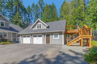 Photo 2: 764 Hanington Rd in : Hi Bear Mountain Single Family Detached for sale (Highlands)  : MLS®# 850933