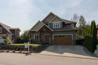 """Photo 1: 3 1589 EAGLE RUN Drive in Squamish: Brackendale House for sale in """"BRACKENDALE"""" : MLS®# R2504512"""