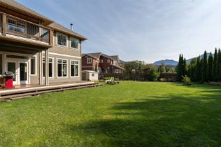 """Photo 31: 3 1589 EAGLE RUN Drive in Squamish: Brackendale House for sale in """"BRACKENDALE"""" : MLS®# R2504512"""
