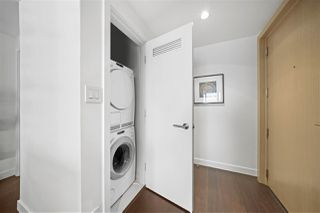 Photo 3: 3212 777 RICHARDS Street in Vancouver: Downtown VW Condo for sale (Vancouver West)  : MLS®# R2510045