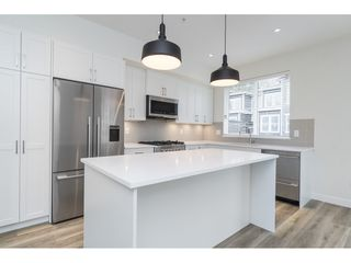 "Photo 11: 25 8370 202B Street in Langley: Willoughby Heights Townhouse for sale in ""Kensington Lofts"" : MLS®# R2517142"