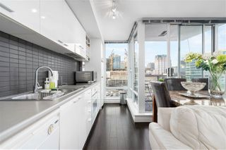 """Photo 3: 1105 668 CITADEL Parade in Vancouver: Downtown VW Condo for sale in """"Spectrum"""" (Vancouver West)  : MLS®# R2527191"""