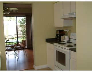 Photo 4: # 30 20653 THORNE AV in Maple Ridge: SW Southwest Maple Ridge Condo for sale (MR Maple Ridge)  : MLS®# V642026