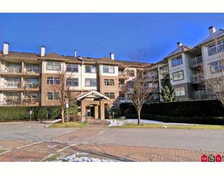 "Photo 1: 118 15210 GUILDFORD Drive in Surrey: Guildford Condo for sale in ""THE BOULEVARD CLUB"" (North Surrey)  : MLS®# F2801817"