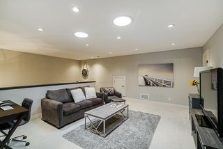 """Photo 11: 140 2853 HELC Place in Surrey: Grandview Surrey Townhouse for sale in """"Hyde Park"""" (South Surrey White Rock)  : MLS®# R2387261"""
