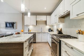 """Photo 5: 140 2853 HELC Place in Surrey: Grandview Surrey Townhouse for sale in """"Hyde Park"""" (South Surrey White Rock)  : MLS®# R2387261"""