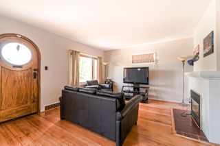 Photo 3: 2646 MCGILL Street in Vancouver: Hastings Sunrise House for sale (Vancouver East)  : MLS®# R2398849