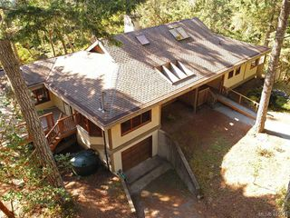 Photo 2: 1030 Malloch Road in VICTORIA: Me Rocky Point Single Family Detached for sale (Metchosin)  : MLS®# 415544