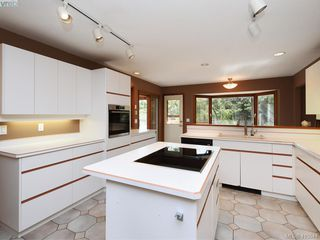 Photo 7: 1030 Malloch Road in VICTORIA: Me Rocky Point Single Family Detached for sale (Metchosin)  : MLS®# 415544