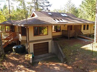 Photo 1: 1030 Malloch Road in VICTORIA: Me Rocky Point Single Family Detached for sale (Metchosin)  : MLS®# 415544