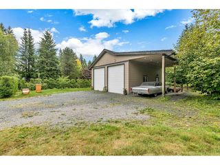 "Photo 17: 5275 252ND Street in Langley: Salmon River House for sale in ""Salmon River"" : MLS®# R2409300"
