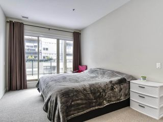 "Photo 10: 206 6160 LONDON Road in Richmond: Steveston South Condo for sale in ""THE PIER"" : MLS®# R2414228"